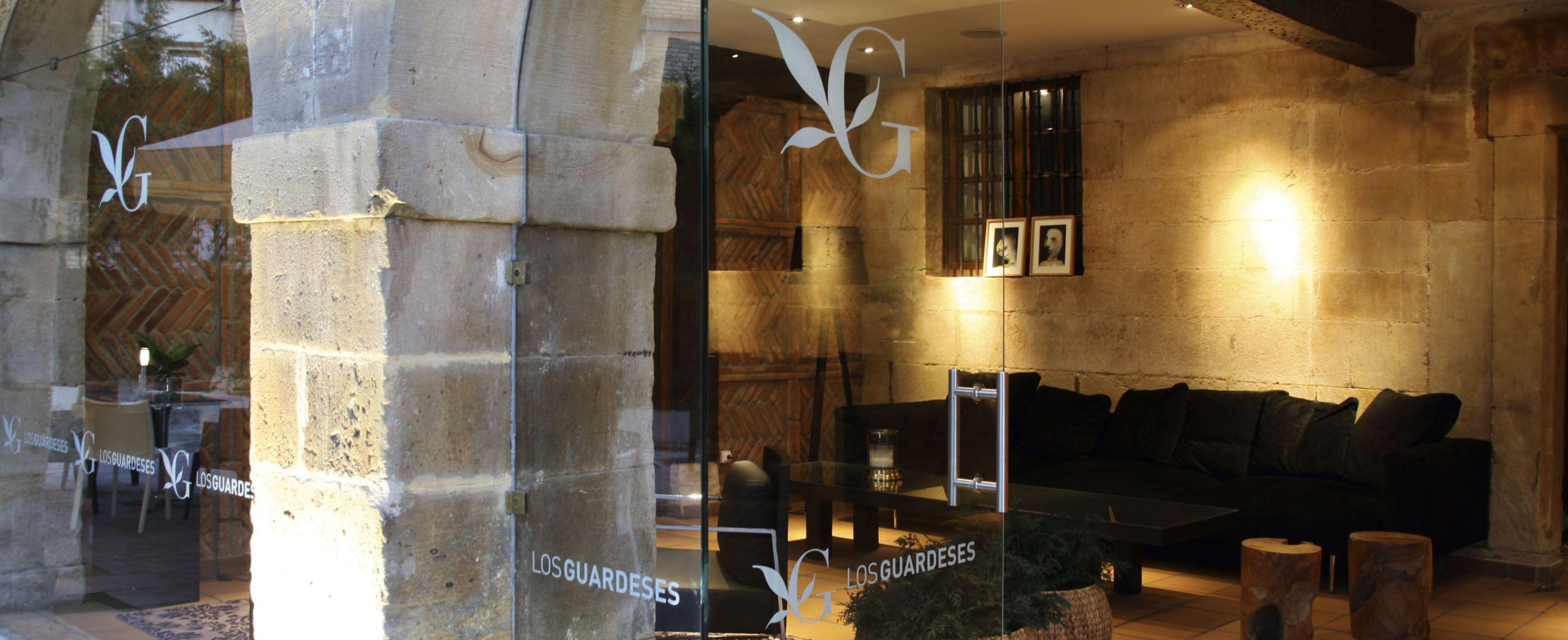 guardeses-lobby